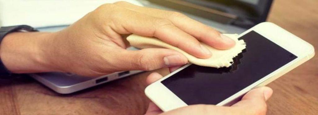 Disinfettare display dispositivi mobili