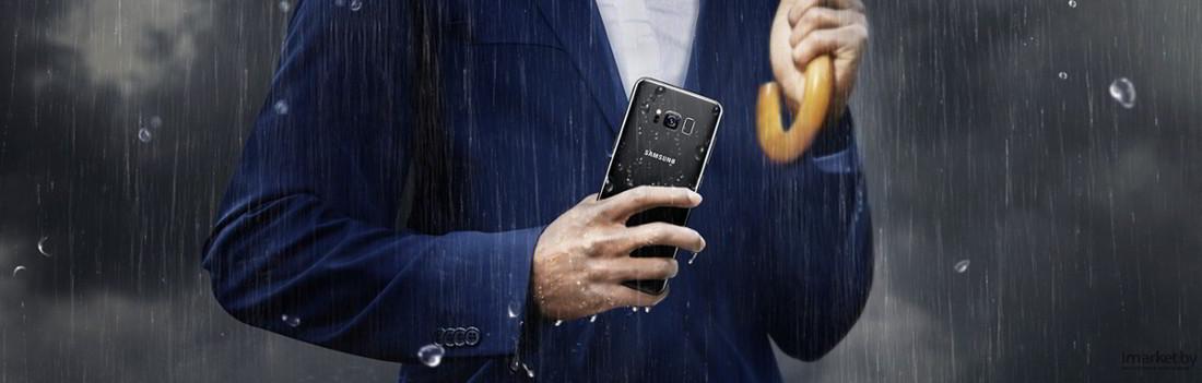 smartphone caduto in acqua cosa fare