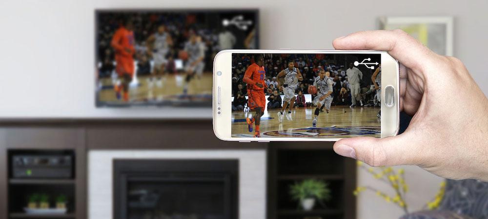come collegare smartphone al televisore